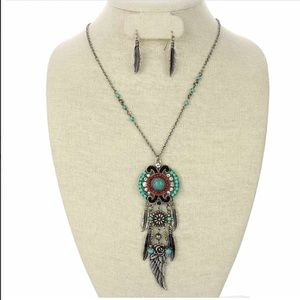Jewelry - Western Necklace & Earring Set
